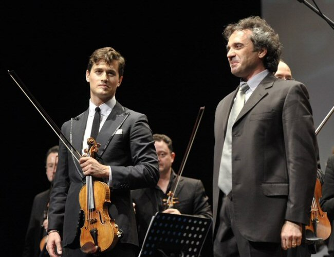 """Una musica per i bambini""; Charlie Siem and Maestro Gabriele Bonolis at the Auditorium di Roma on 25 May, 2014. Click to read the article in Vanity Fair Italy."