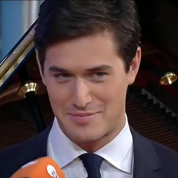 Charlie Siem on ZDF Morgenmagazin, November 2014