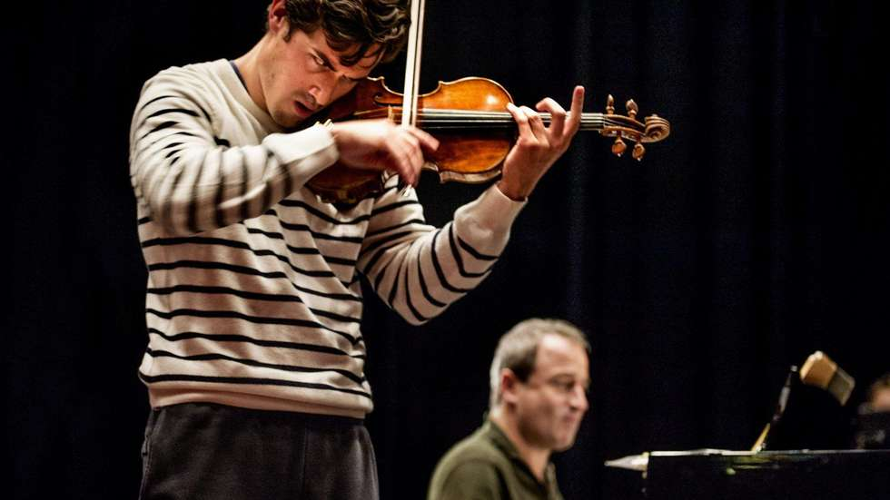 Charlie Siem, violin; Itamar Golan, piano; Photo by June R. Johansen
